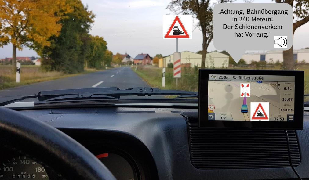 Hinweise auf Bahnübergänge in Navigationsgeräten