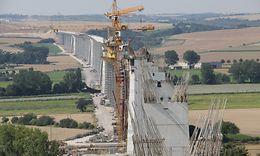 VDE 8: Bau der Unstruttalbrücke