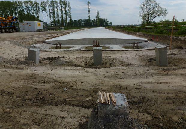 Die Unsichtbare: Brücke auf der Strecke Oldenburg - Wilhelmshaven