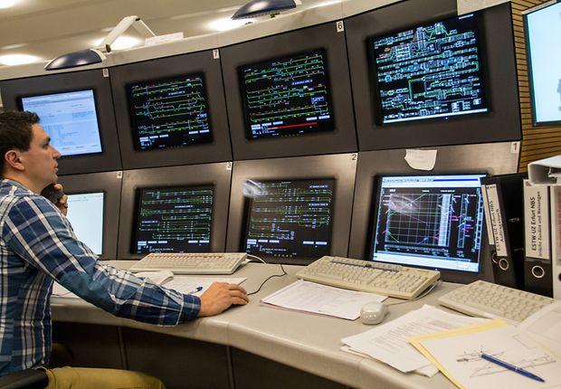 Betriebsleitzentrale - Computerarbeitsplatz für die ETCS-Strecke