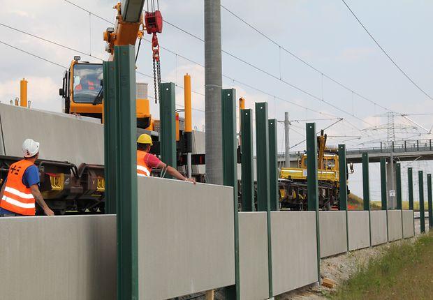 Installation von Lärmschutzwänden bei Niederklobikau