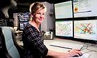 Uta Müller ist eine von bundesweit 50 Streckenagenten in der Transportleitung in Berlin-Pankow