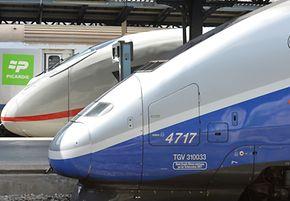 ICE 3 Baureihe 407 der DB und SNCF TGV im deutsch-französischen Hochgeschwindigkeitsverkehr unterwegs
