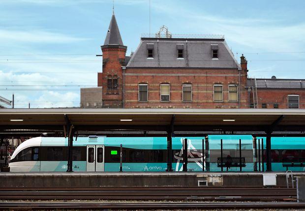 Zug von DB Arriva in den Niederlanden