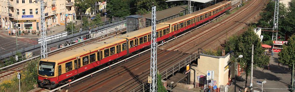 S-Bahn Baureihe ET 481 in Berlin-Köpenick