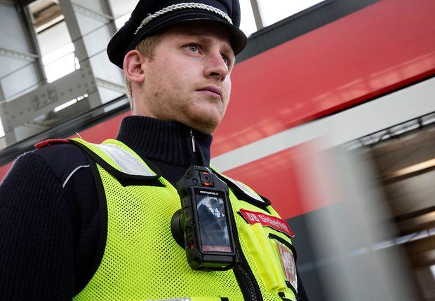 Bodycams zum Schutz von DB-Mitarbeitern und Beamten der Bundespolizei