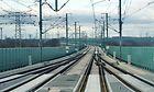 Blick aus einem Führerstand eines ICE T auf die VDE 8.2. - Saale-Eleter-Brücke mit Lärmschutzwand