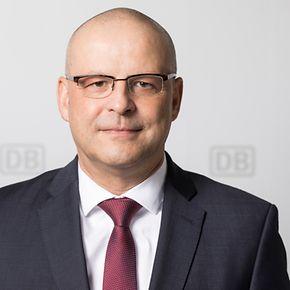 """Martin Seiler, Vorstand """"Personal und Recht"""". Copyright DB AG / Pablo Castagnola."""