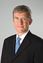 Dr. Roland Bosch