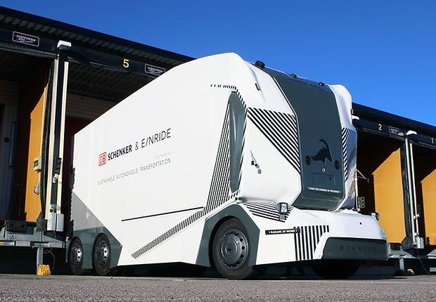 T-Pod self-driving electric truck