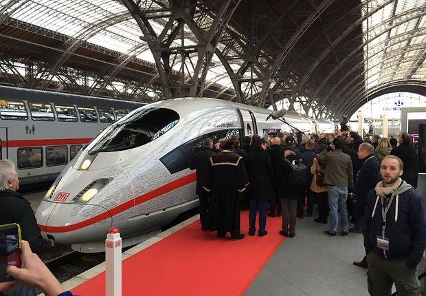 Der Sonderzug ist pünktlich in Leipzig eingefahren